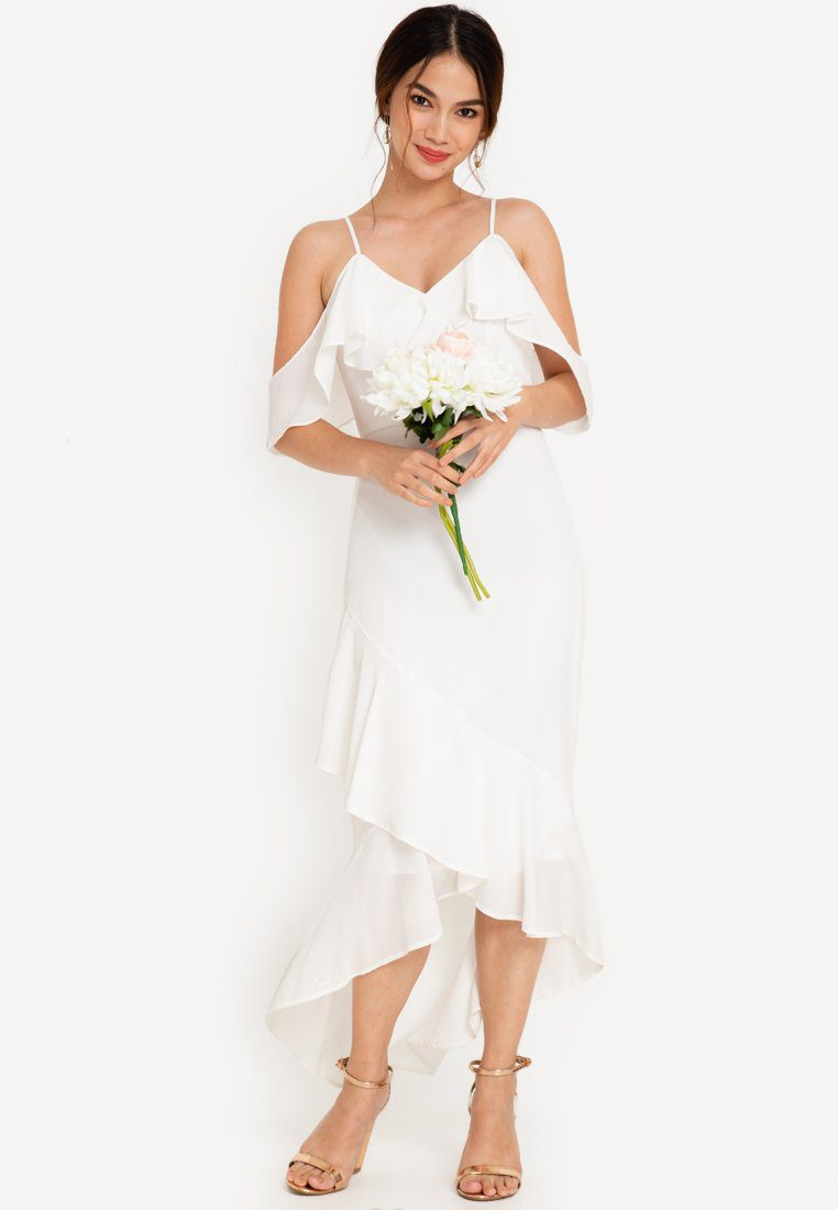 You'll love these pretty but cheap wedding dresses