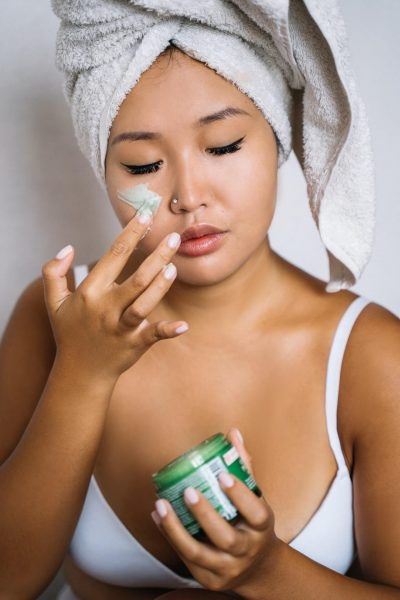 Here are the best moisturizers for oily skin that are available in the Philippines.